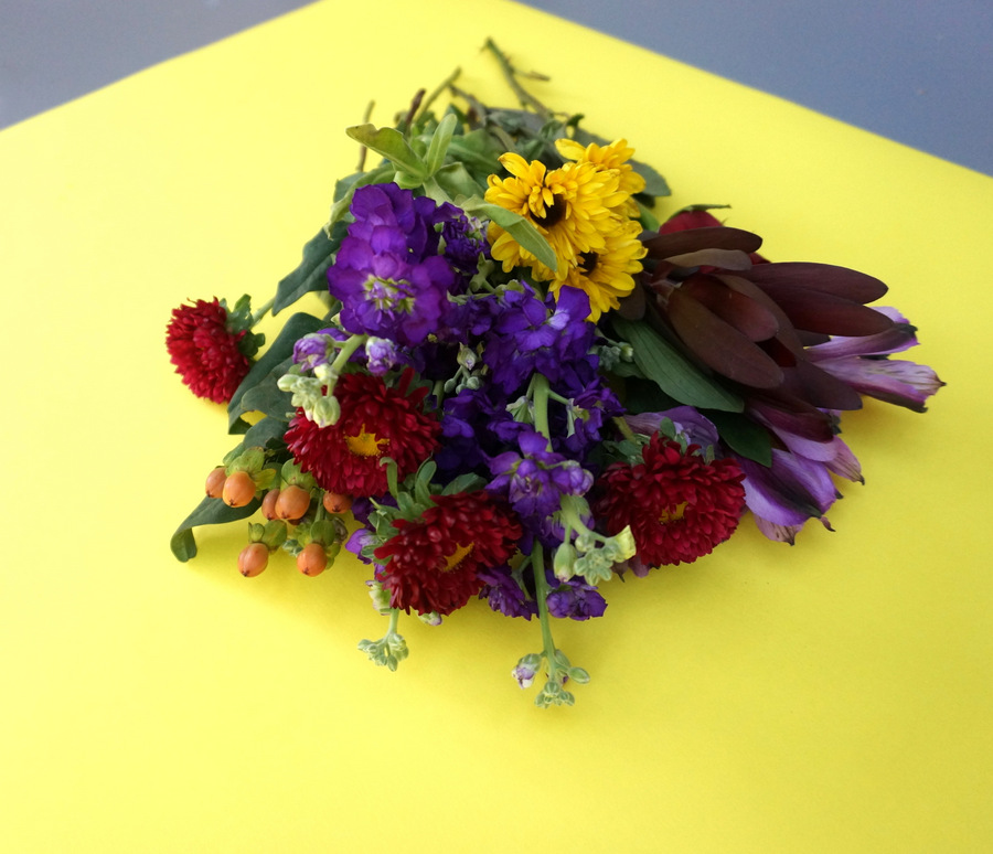 A grocery store bouquet of flowers