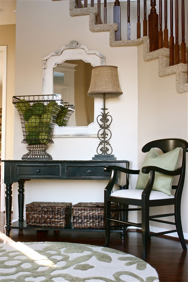 18 entryways with captivating mirrors Table entree design