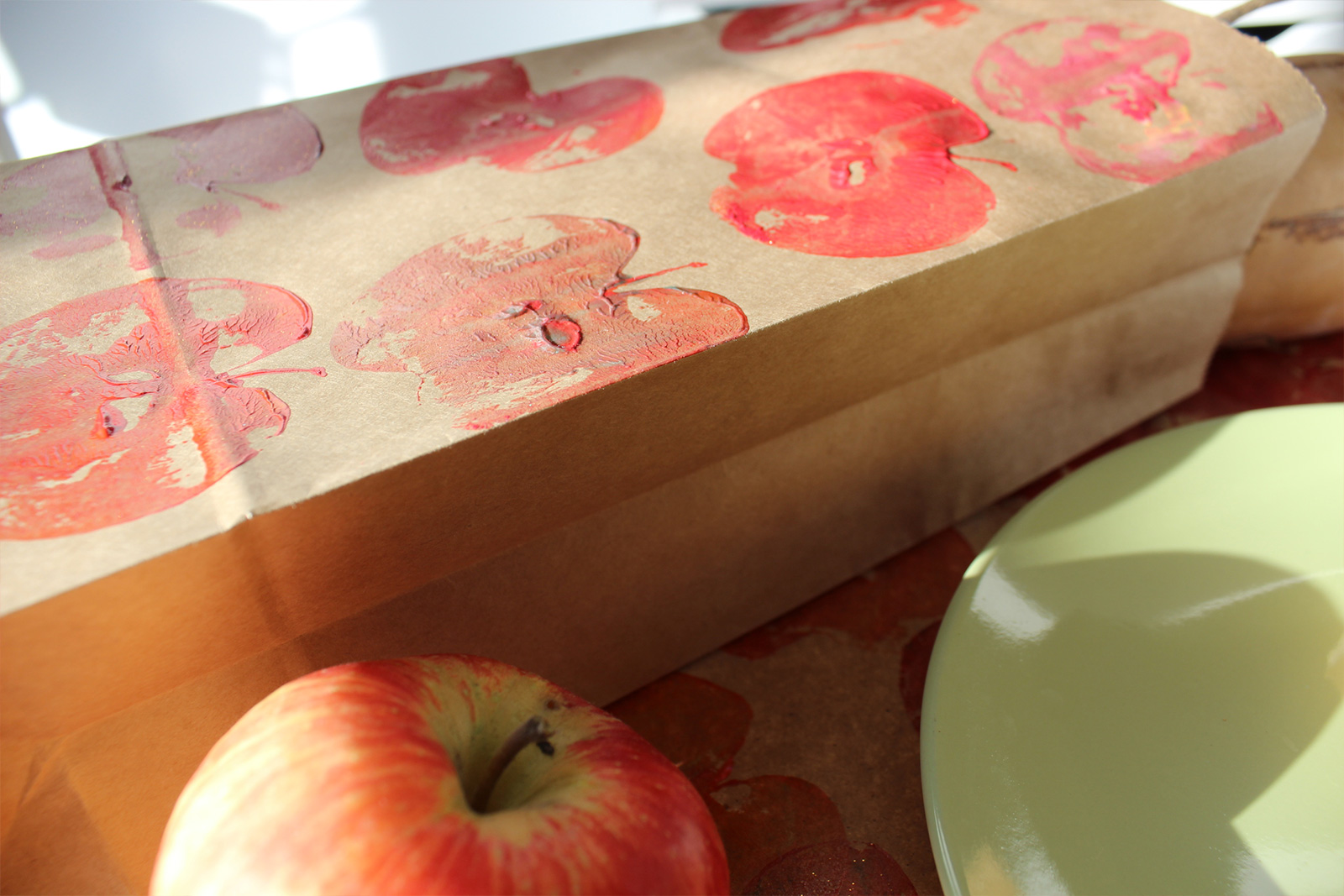 Apple Stamped Wine Bag