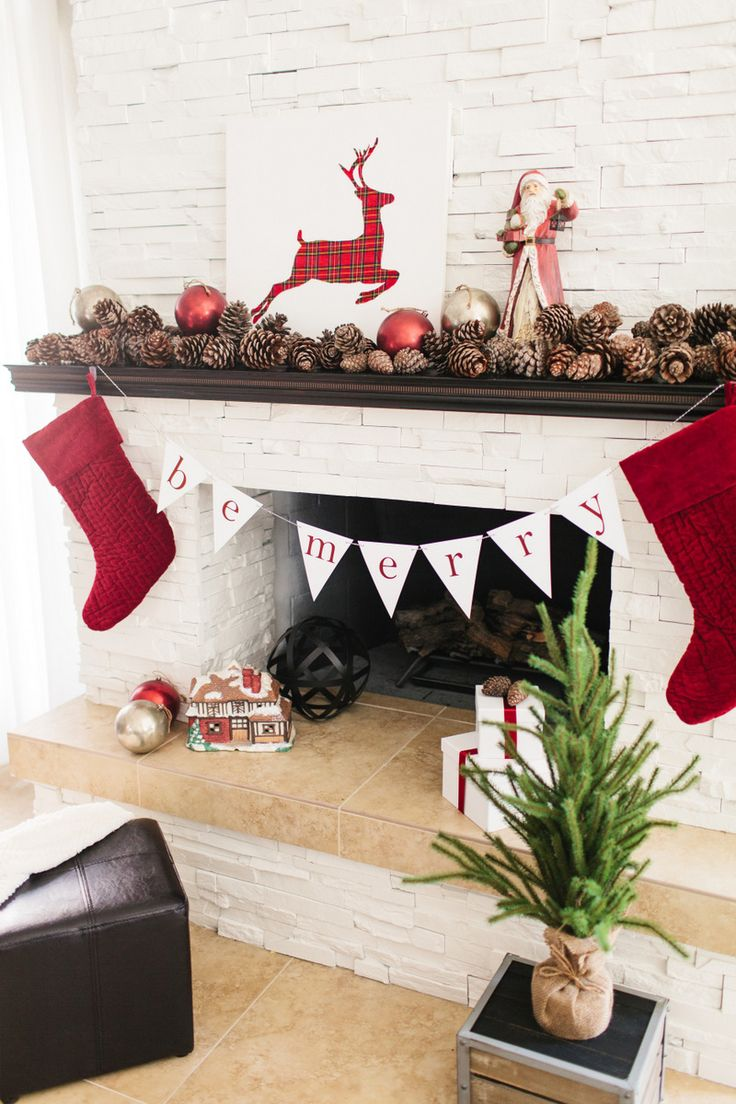 Be Merry traditional holiday banner in simple red and white