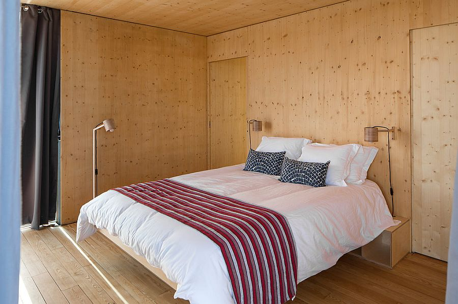 Bedroom of the floating house with lovely, dynamic view outside