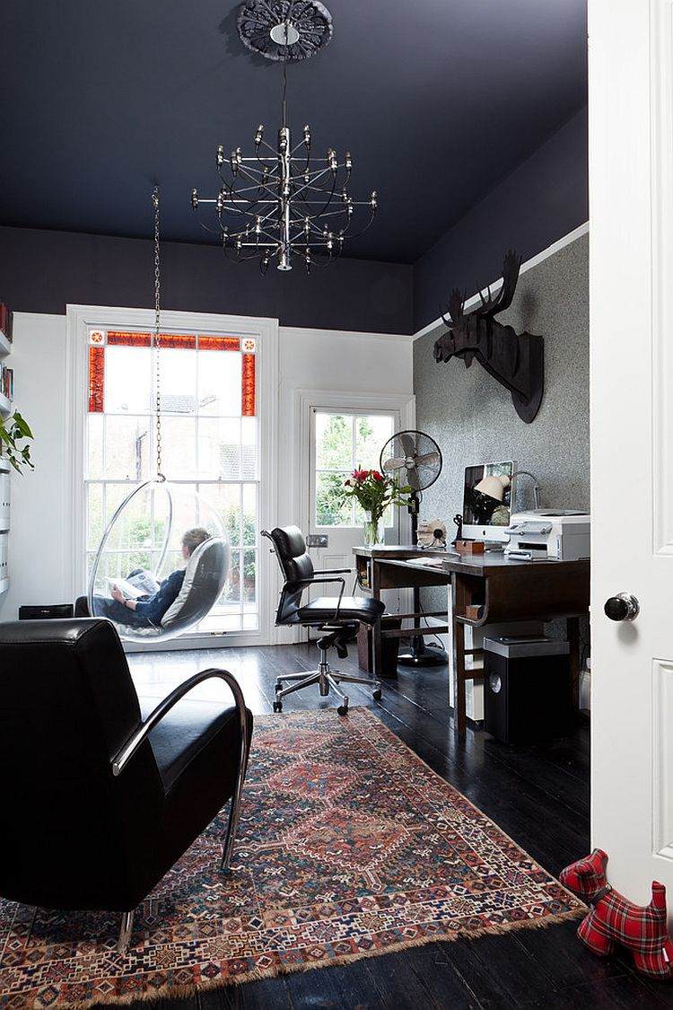 Black Ceiling Gives The Room With High A Visually Cozier Ambiance Design Carine