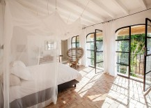 Breezy-bedroom-captures-the-relaxing-vibe-of-Ibiza-perfectly-217x155