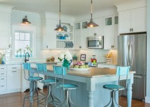 Bright blue bar stools that go with the kitchen island 217x155 18 Brilliant Kitchen Bar Stools That Add a Serious Pop of Color