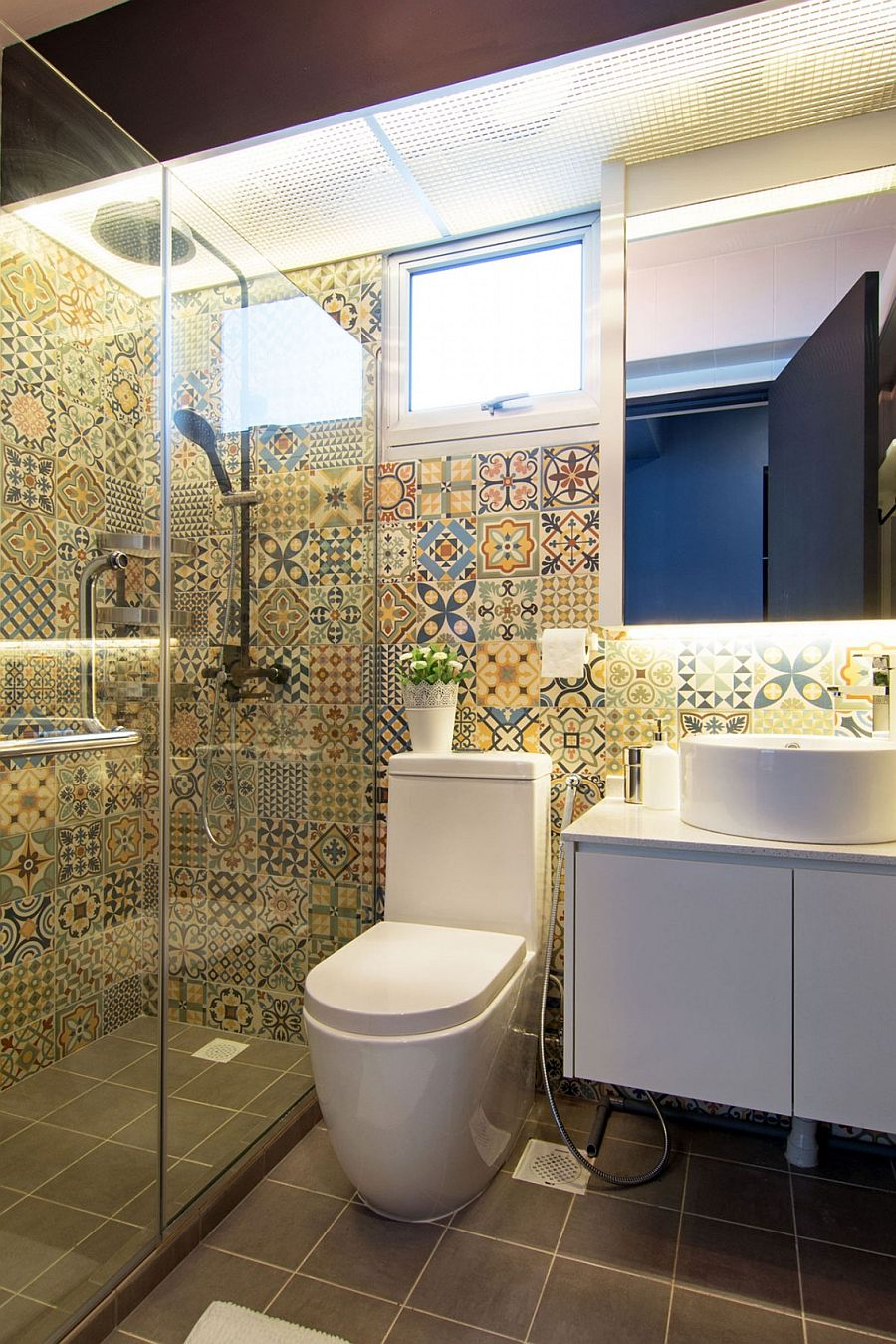 Colorful tiless give the modern bathroom a playful appeal
