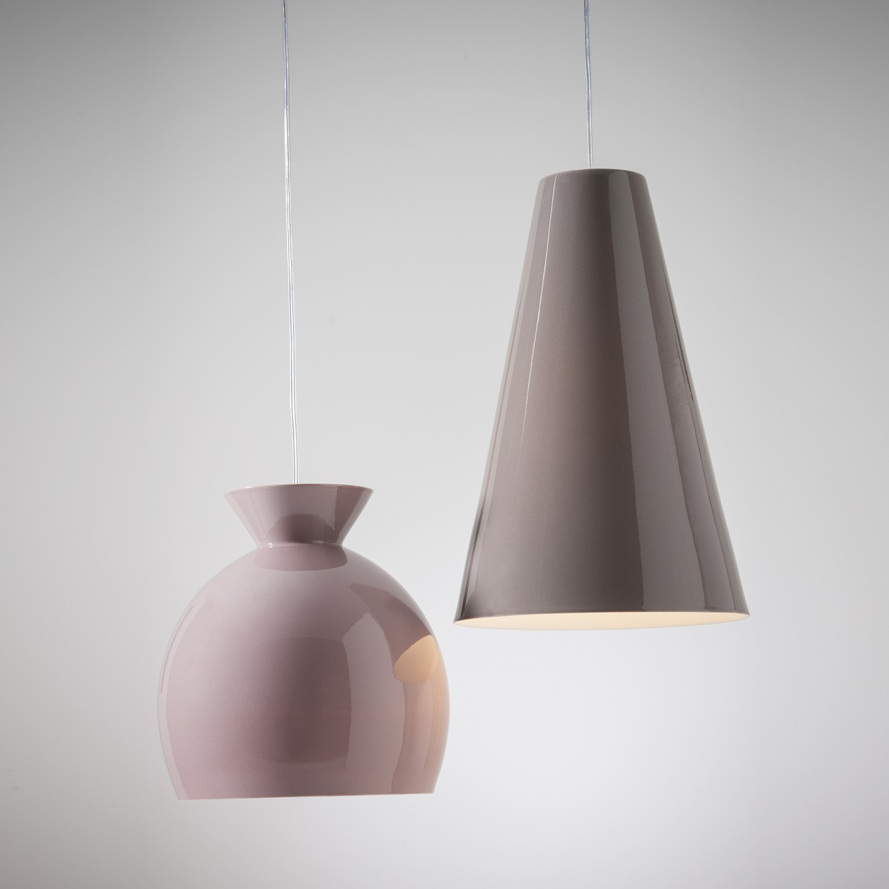 Conemporary pendant lamps in glossy pink