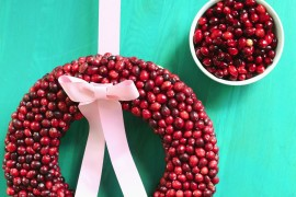 DIY cranberry wreath from a Beautiful Mess Top Color Trends for the Winter Holidays Top Color Trends for the Winter Holidays DIY cranberry wreath from a Beautiful Mess 270x180