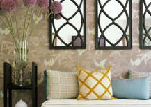 Entryway-with-three-decorative-mirrors-217x155