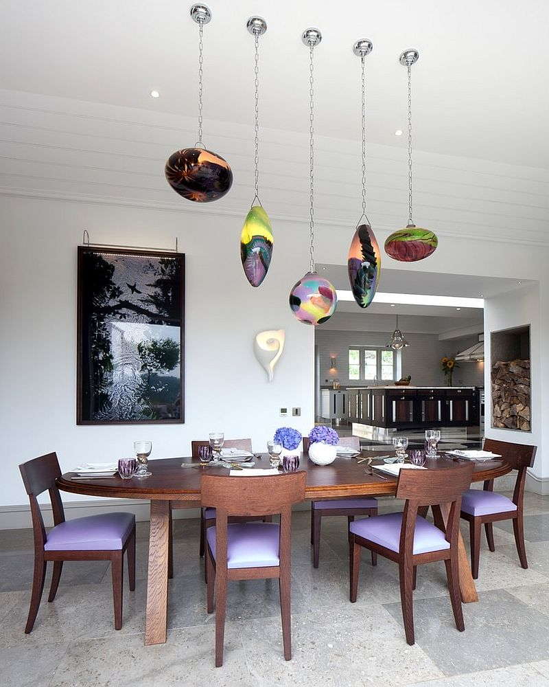 Exciting lighting turns the traditional dining room into a modern delight [Design: Yiangou Architects]