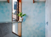 Fascinating-use-of-blue-tiles-to-bring-texture-and-pattern-to-the-modern-bathroom-217x155