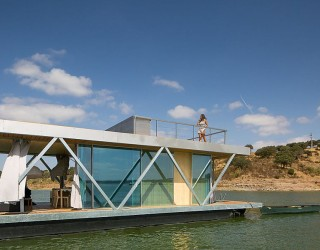 Floatwing: Modular, Prefabricated Houseboat Offers an Exciting Escape!