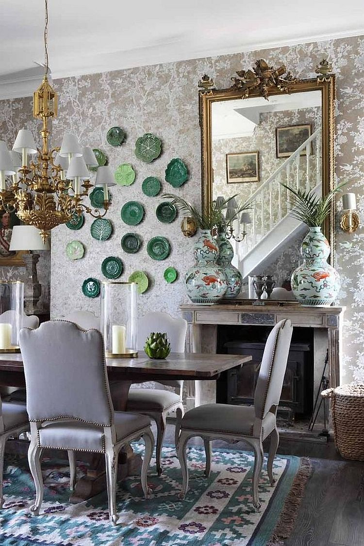 Floral wallpaper from Ralph Lauren sets the tone for a stylish, shabby chic dining space [Design: VSP Interiors]