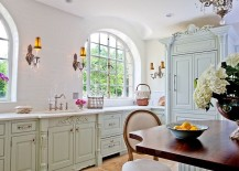 French country style offers a perfect starting point for a fabulous shabby chic kitchen [Design: Jenny Rausch / Denash Photography]