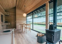 Fukasawa hut interior