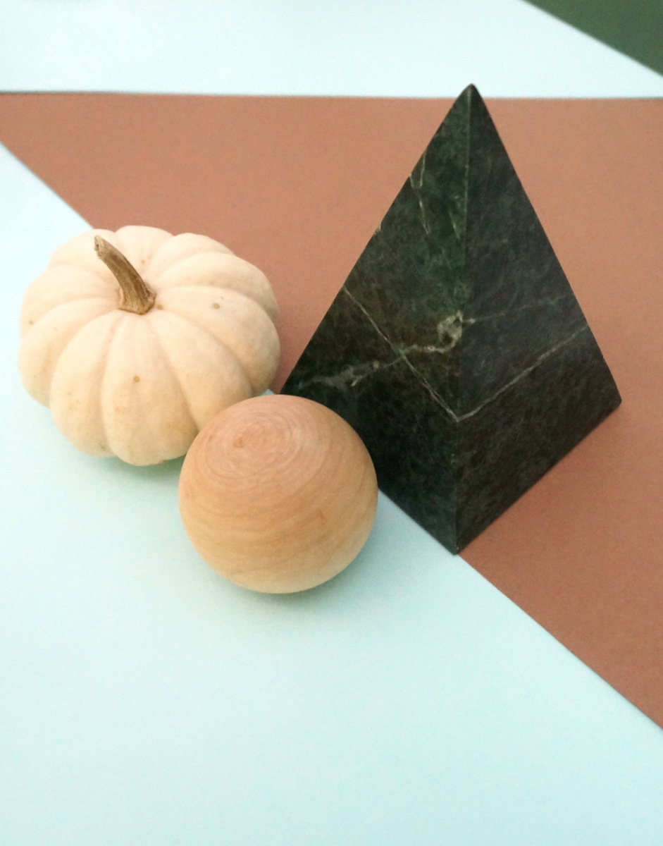 Geo objects and a pumpkin