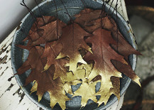 Gold dipped leaves from The Sweetest Occasion 217x155 Vivacious Fall Table Design Ideas