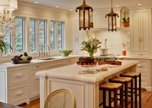 Gorgeous-kitchen-makes-smart-use-of-the-corner-space-217x155