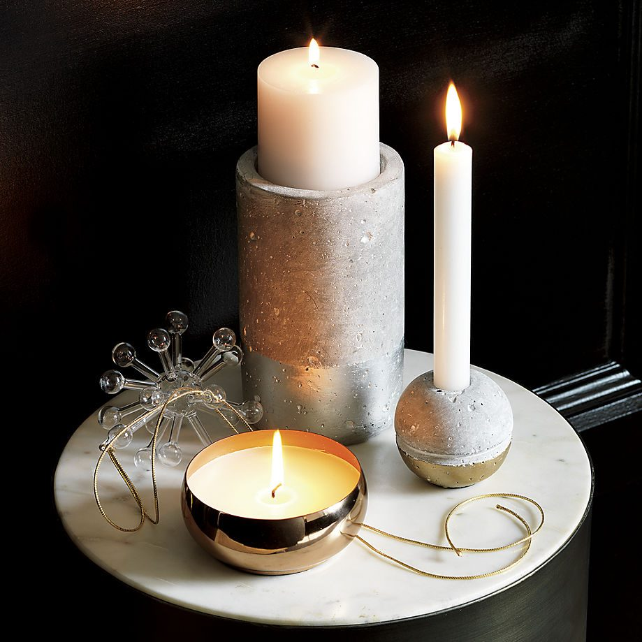 Holiday decor in marble, concrete and brass