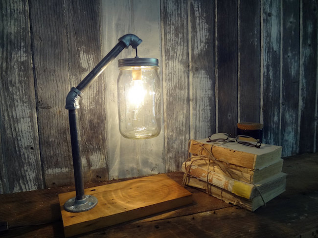 Industrial lamp made from a mason jar from ThePinkToolBox
