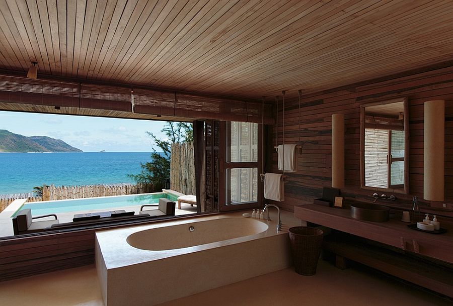 Inspiration for the design of bathroom with ocean view from Six Senses!