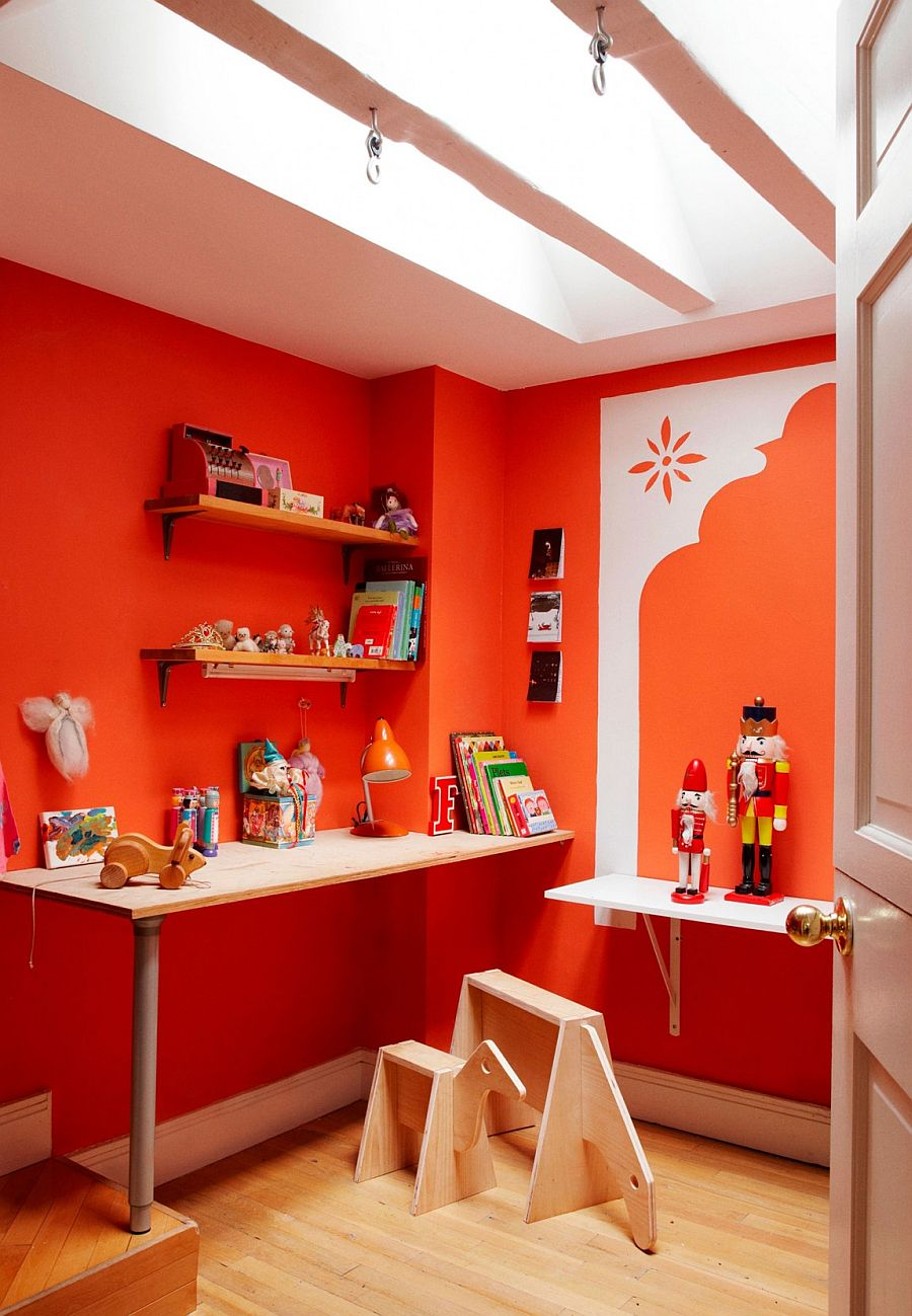 Kids' room with a splash of orange and red