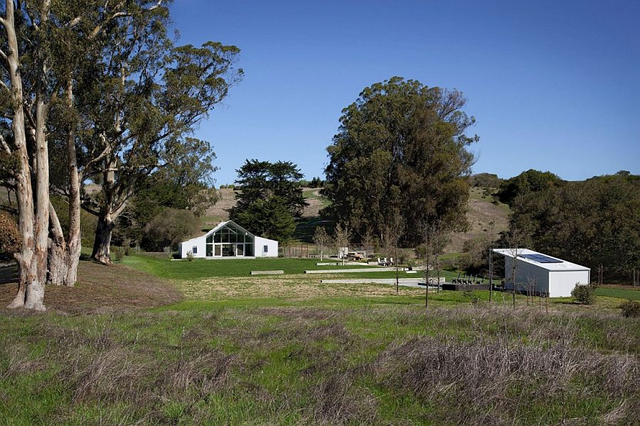 LEED Platinum certified Hupomone Ranch by Turnbull Griffin Haesloop Architects