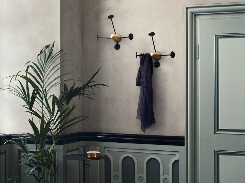 Matégot coatrack in black