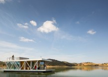 Modular floating house can travel at the speek of three knots