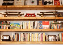 Open wooden bookshelf design for the ergonomic home office