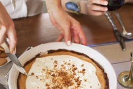 Pumpkin gingersnap pie from Camille Styles Easy Thanksgiving Food and Decor Ideas for a Stress-Free Holiday Easy Thanksgiving Food and Decor Ideas for a Stress-Free Holiday Pumpkin gingersnap pie from Camille Styles