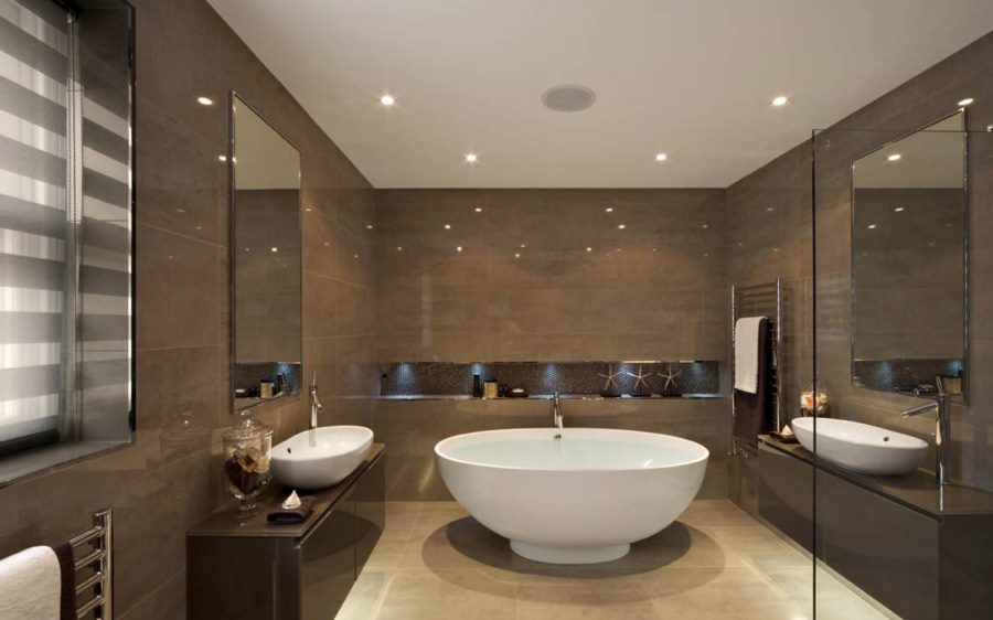 Recessed ceiling lights in a modern bathroom
