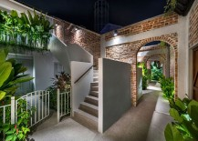 Relaxing-private-gardens-and-alleyways-take-you-away-from-the-fast-city-life-217x155