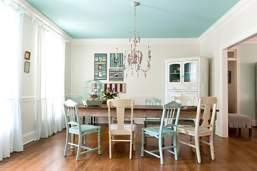 Seaside charm coupled with shabby chic panache [Design: Kristie Barnett - The Decorologist]