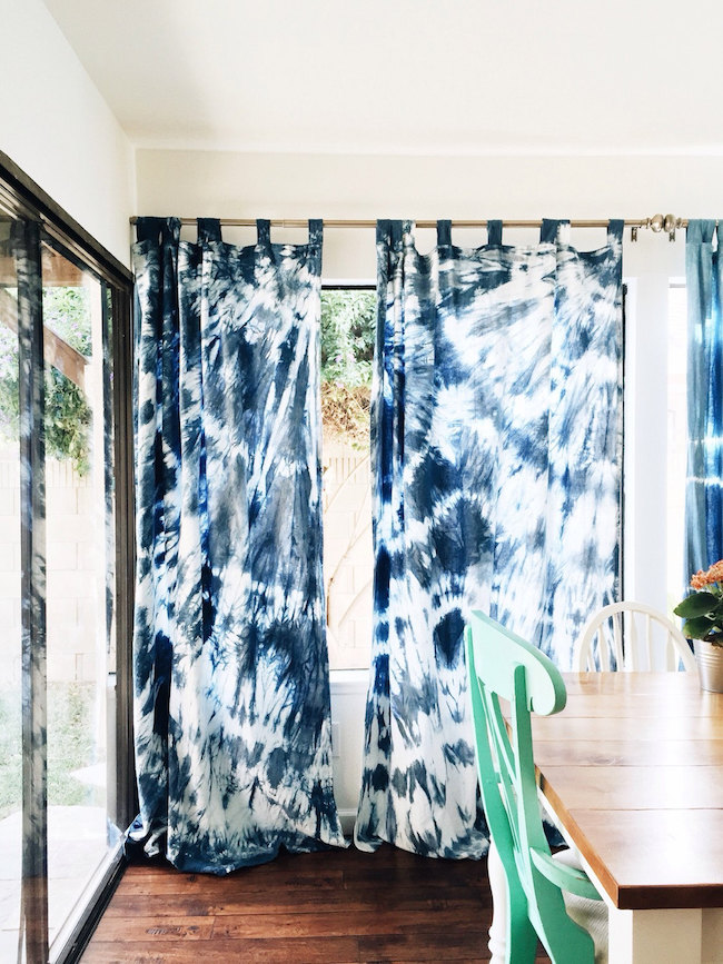 17 Beautiful Decorative Uses Of Shibori Indigo Patterns