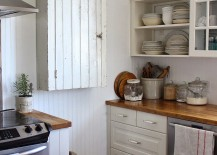 Simple-and-elegant-way-to-utilize-the-corner-space-in-kitchen-217x155