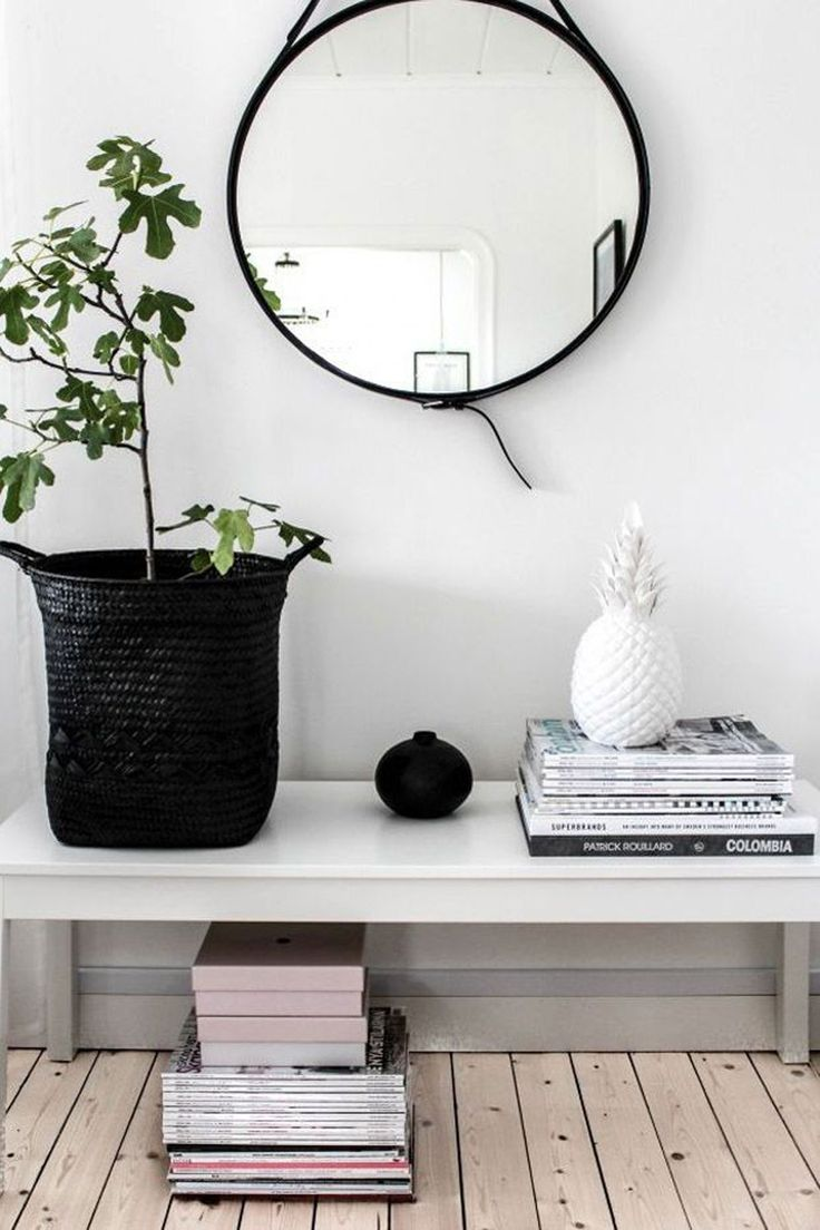 Large Round Foyer Mirror : Entryways with captivating mirrors