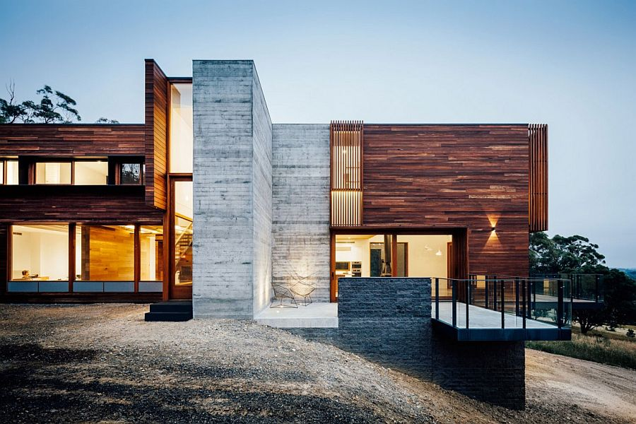 Sloped site of the Dawes Road House defines its overall silhouette