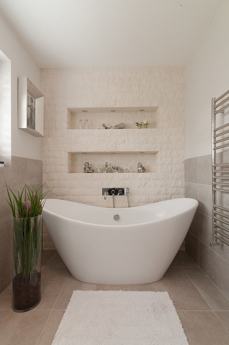 30 exquisite and inspired bathrooms with stone walls for Split wall