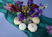 Thanksgiving-centerpice-with-a-green-runner-217x155