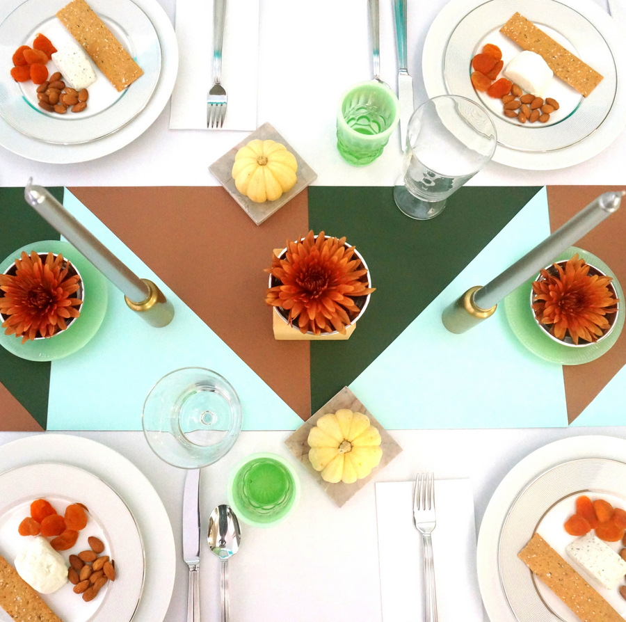 Thanksgiving table idea from Decoist