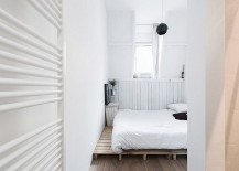Tiny Scandinavian style bedroom in white