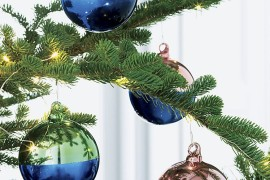 Two-tone ornaments from CB2 Top Color Trends for the Winter Holidays Top Color Trends for the Winter Holidays Two tone ornaments from CB2 270x180
