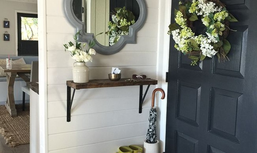 18 Entryways With Captivating Mirrors,Different Types Of Flower Arrangement With Pictures And Names