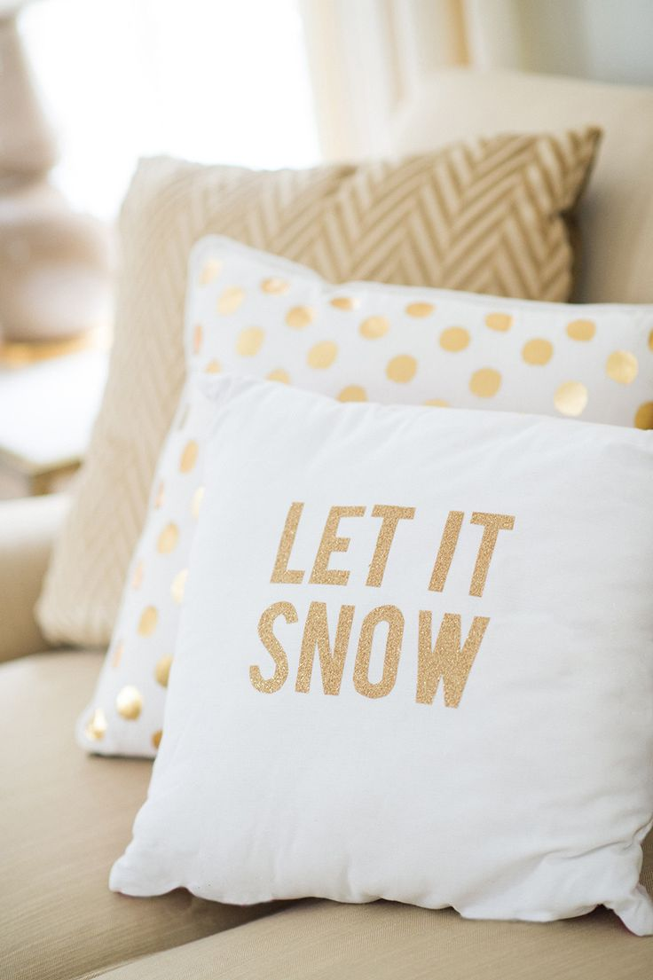White and gold decorative pillows