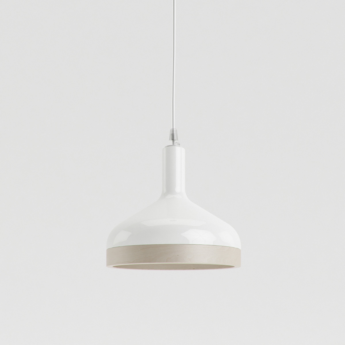 Wood and porcelain pendant lamp