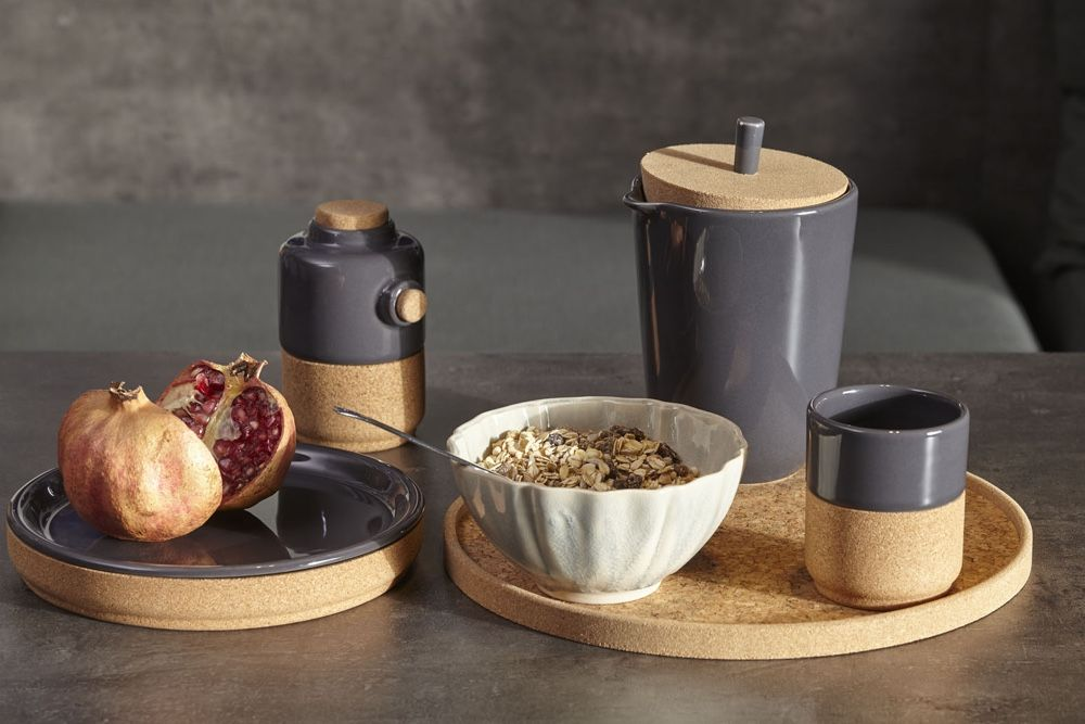 Alma-Gemea-collection-combines-cork-and-stoneware