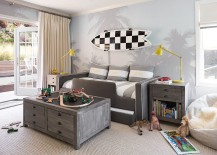 Beach style kids' room looks lovely despite minimal use of bright colors