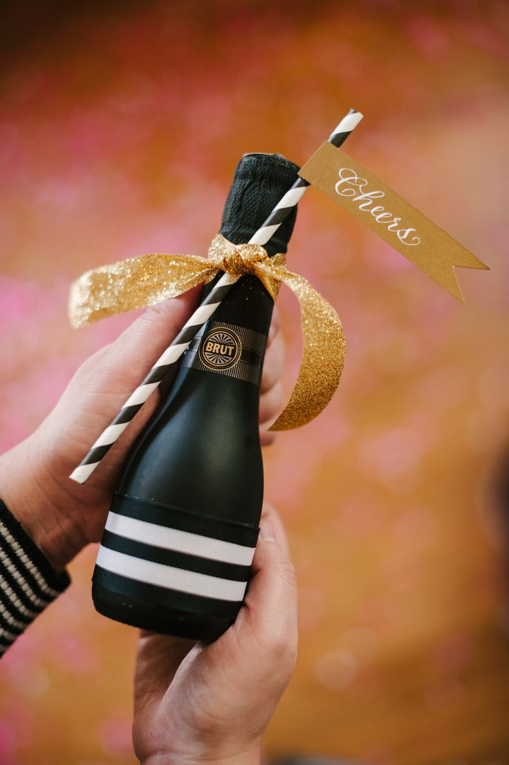 7 New Year's Eve Party Favor Ideas