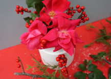 Christmas-centerpiece-with-roses-and-berries-217x155