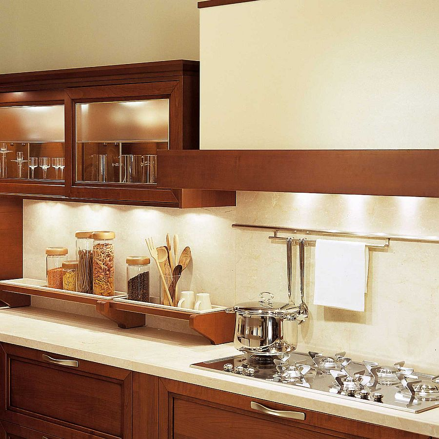 View In Gallery Close Look At The Carrara Marble Worktop And Backsplash Of  The Kitchen